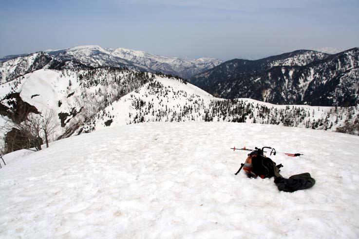 一昨年4月29日の白砂山頂