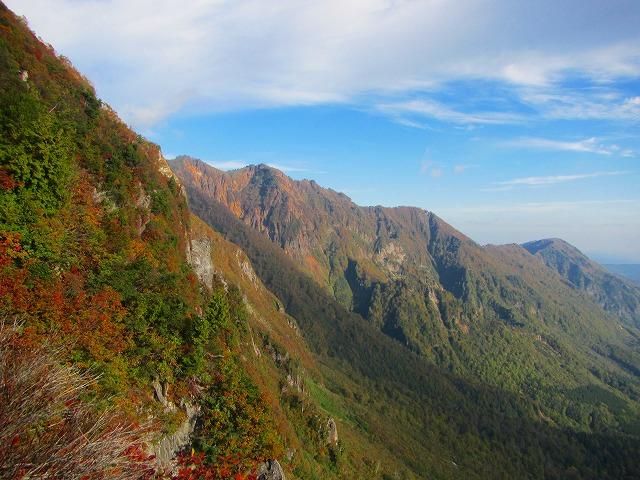鳥甲山の登りの景色