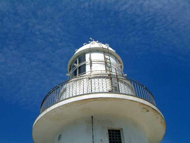 龍飛岬通過前に、灯台へ行ってみる。