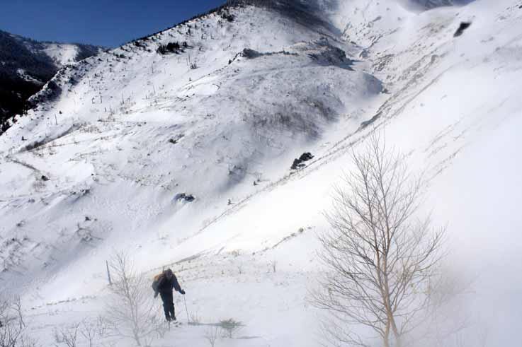 小串鉱山跡の登り